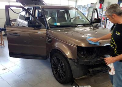 Pulizia carrozzeria Range Rover per il wrapping