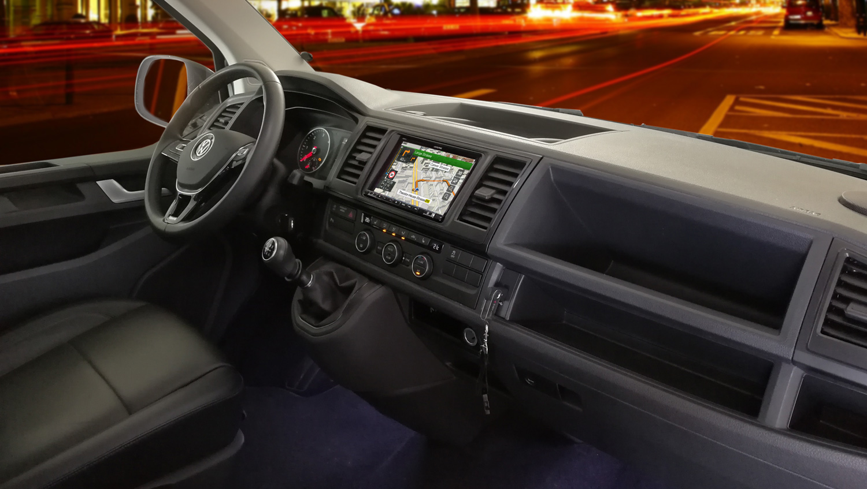 volkswagen T6 cruscotto con sistema multimediale Alpine X801D-U